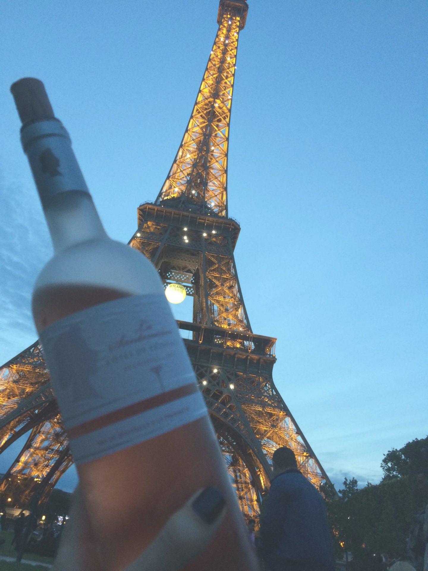 wine paris eiffel tower