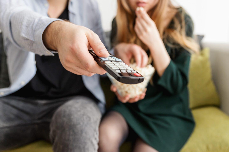 Cheap Date Idea Netflix Watch Movies
