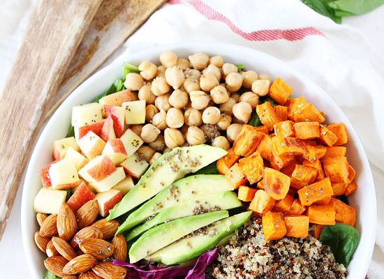 25 Delicious Vegan Salads That Will Fill You Up