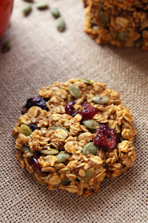 Pumpkin Cranberry Breakfast Cookies. 17 Quick And Easy Breakfast Recipes To Save You Time. You can meal-prep these Sunday night or make them the night before. #makeahead #makeaheadmeals #breakfast