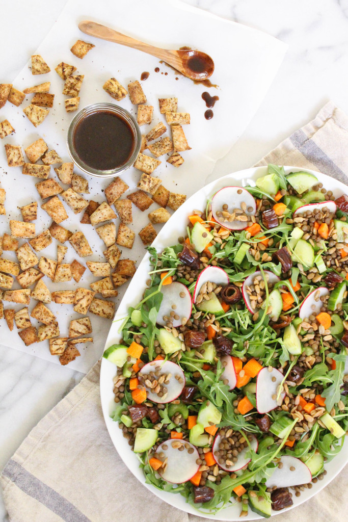 Lentil Fattoush Salad Here are 25 delicious vegan salads that will fill you up and have a healthy source of protein. Show your friends that not 'all vegans eat is rabbit food' with these unique and delicious twists on salads #vegan