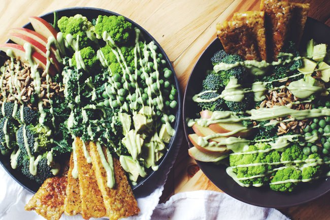 Tempeh Green Doddess Salad with Avocado Mint. Here are 25 delicious vegan salads that will fill you up andhave a healthy source of protein. Show your friends that not 'all vegans eat is rabbit food' with these unique and delicious twists on salads #vegan