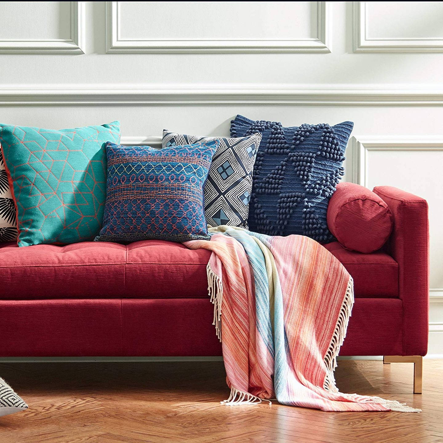 Add some color with accent pillows and 8 Other Ways To Update Your Home On A Budget. I was looking for unique and fun ways to spruce up my home, either with accents, plants, or wallpaper. these are some budget-friendly ways to make a room come to life. #homedecor #home #homeinspo