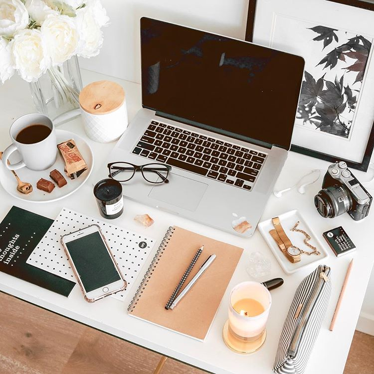 You ever wonder how wealthy women spend their money? What are the daily habits of the rich and successful. What are the spending habits of millionaires. What do the rich do that the poor don't? Learn all the tips and tricks here! #money #wealthy