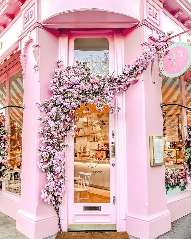 Cutest cafes London has to offer. The 10 cutest cafes london UK has to offer! These are the most instagrammable spots in London that you just can't miss! A guide to the best coffee shops in London, England. From pink pastry palaces to wisteria covered facades, these are gorgeous places. London travel tips; hidden gems in London Most Instagrammable spots London UK #london #londontravel #cafe
