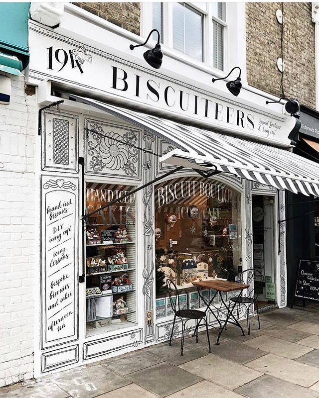 Biscuteers is one of the cutest cafes London has to offer. The 10 cutest cafes london UK has to offer! These are the most instagrammable spots in London that you just can't miss! A guide to the best coffee shops in London, England. From pink pastry palaces to wisteria covered facades, these are gorgeous places. London travel tips; hidden gems in London Most Instagrammable spots London UK #london #londontravel #cafe