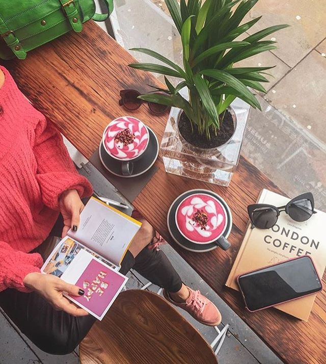 AIDA Shoreditch London Coffee shop. Cutest Cafes in London. The 10 cutest cafes london UK has to offer! These are the most instagrammable spots in London that you just can't miss! A guide to the best coffee shops in London, England. From pink pastry palaces to wisteria covered facades, these are gorgeous places. London travel tips; hidden gems in London Most Instagrammable spots London UK #london #londontravel #cafe