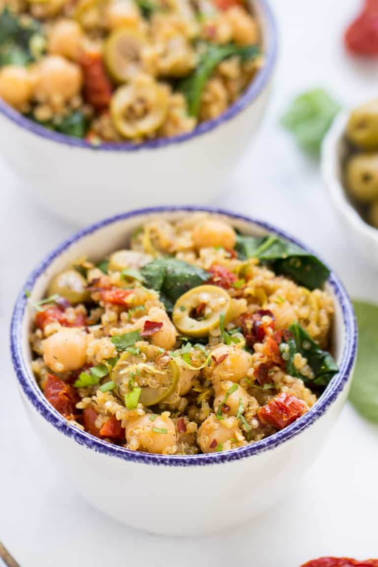 Easy and Delicious Vegan meal Prep Recipe Ideas You'll Love! Whether you want to go plant based or just want to incorporate some meatless monday food, you've got to try these! Find out if you can you meal prep tofu! Must make vegan recipes Vegan pasta salad meal prep vegan prep ideas lunch. Vegan meal prep ideas for weightloss. Easy vegan meals for beginners and experts alike! #vegan #mealprep