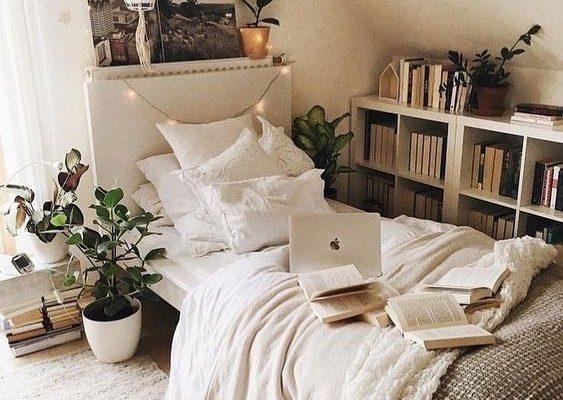 10 Brilliant DIY Dorm Room Decor Ideas To Liven Up Your Space