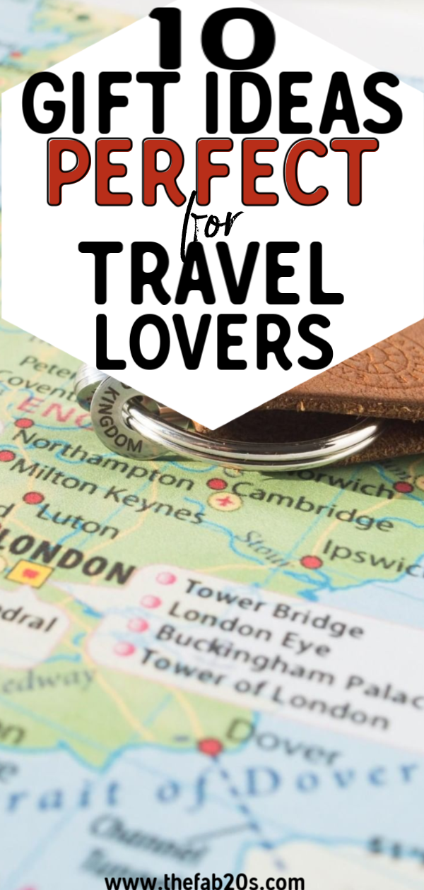 Perfect Gift Ideas Travel Lovers! Get your friends this xmas things every frequent traveler needs and would love! Gifts for someone who travels a lot for work as well as those who have the travel bug! Christmas Gift Guide #giftguide #christmas #giftideas