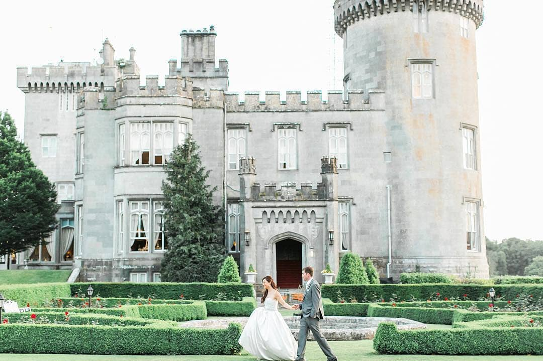 Live Out All Your Fairy Tale Dreams With These Amazing Castles You Can Get Married In…These Are the Most Romantic Castles Around The World For The Perfect Wedding | Dream Wedding | Wedding Destination #wedding #weddinggoals
