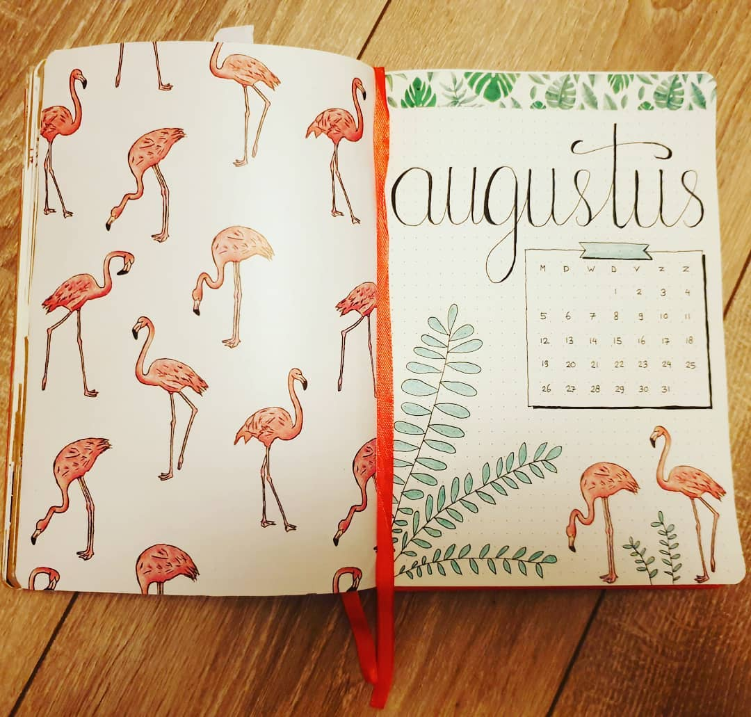 Looking for August Bullet Journal spreads?! Amazing and cute AUGUST bullet journal monthly cover ideas to check out. Try these BuJo spreads and get creative! #AugustBujo #AugustBulletJournal #BulletJournalIdeas