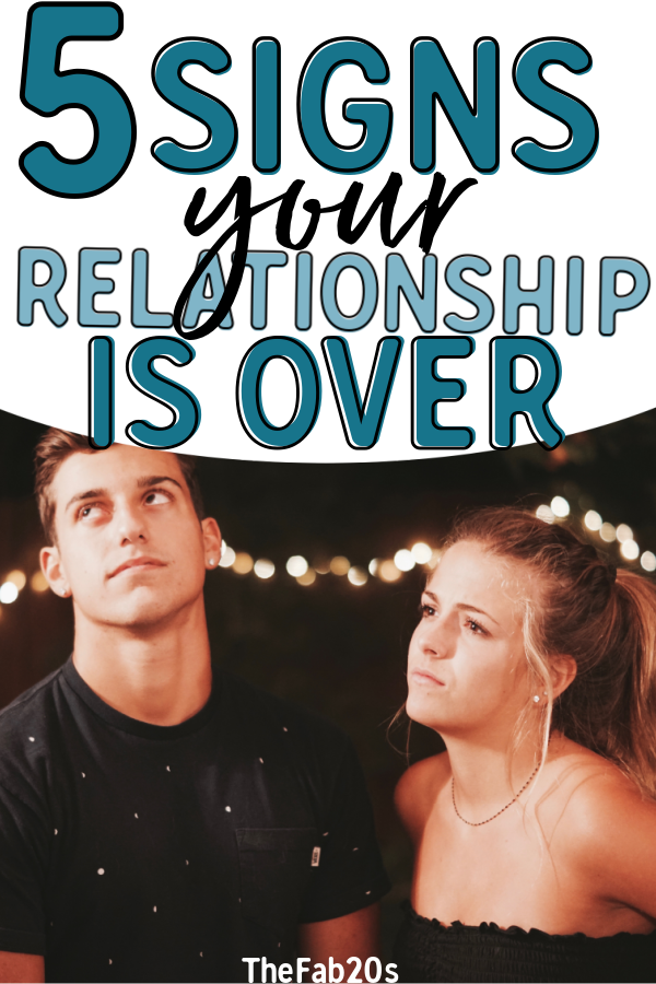 What are the signs that your relationship is ending? Here are some clear red flags that it may be time to break up with your boyfriend or girlfriend. Don't date or stay in a relationship if it has become toxic or unfulfilling for you and your SO. #relationships #dating