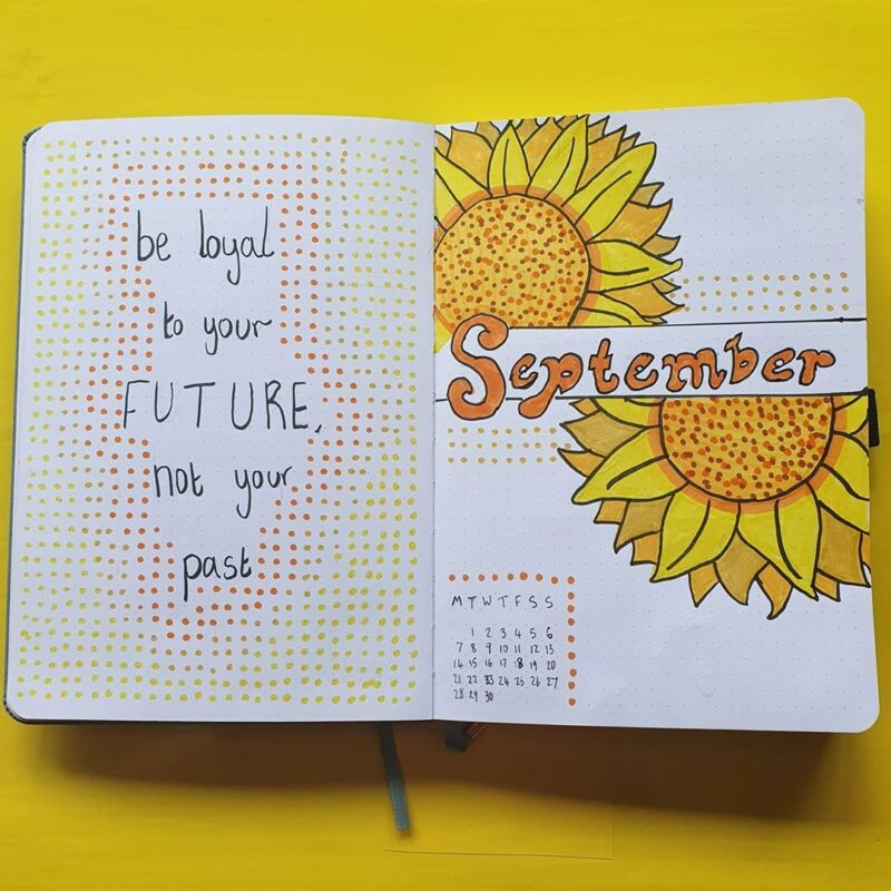Looking for September Bullet Journal ideas?! The best September spreads and bujo inspiration. From monthly spreads to cover and theme ideas #BuJo #BulletJournal #SeptemberBulletJournal
