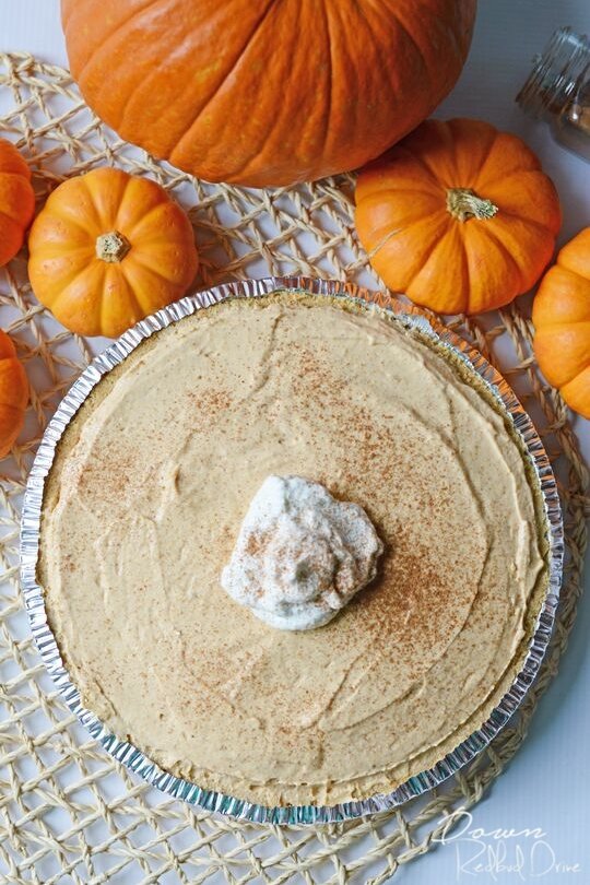 Delicious pumpkin recipes to try this Fall! Over 50 amazing Autumn-inspired recipes from pumpkin muffins to ravioli and everything in between. Whether you are looking for a pumpkin breakfast recipe or dessert, or perhaps a main dish, these are all SO DELICIOUS #pumpkinrecipes