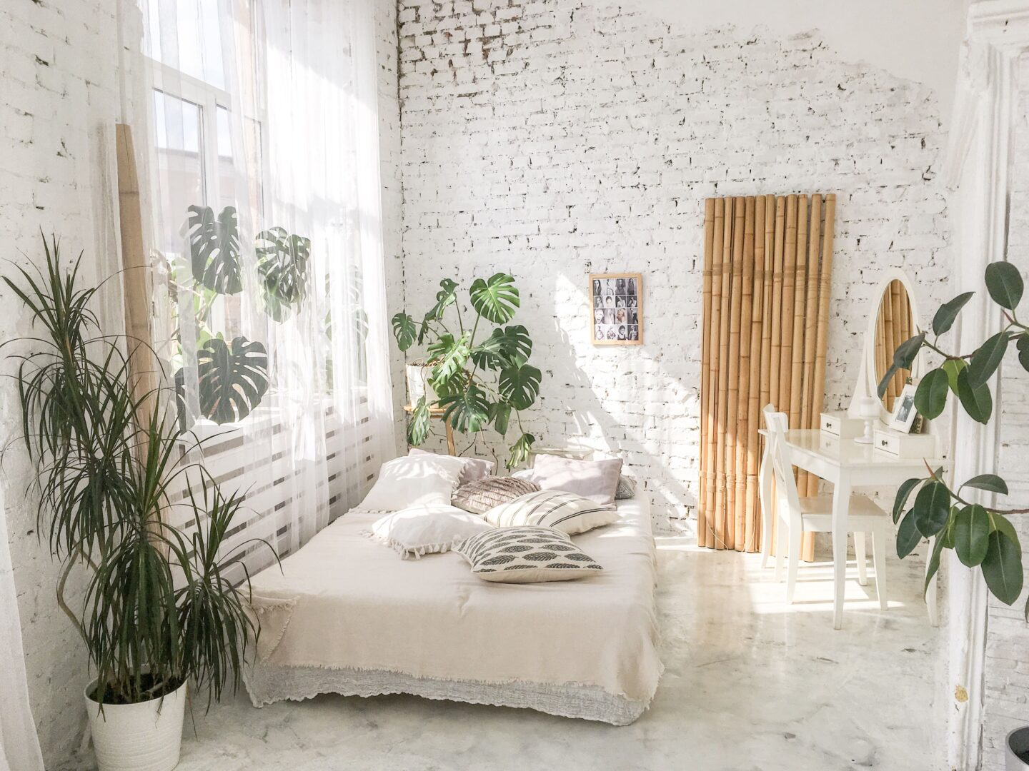 Boho style bedroom with plants for a chill vibe