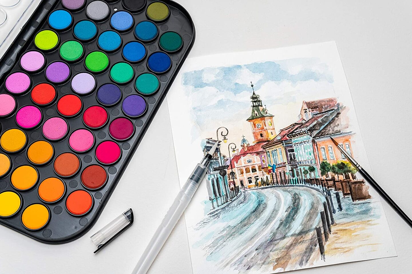 Watercolors gifts for journalers they will love! Best Bullet Journal Gift Ideas