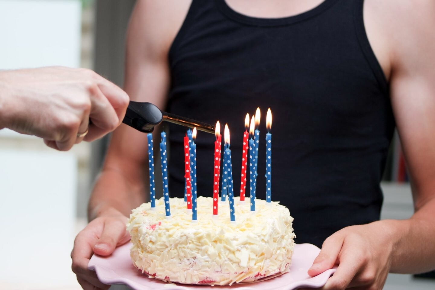 Birthday cake for him and birthday gift ideas for unofficial relationship