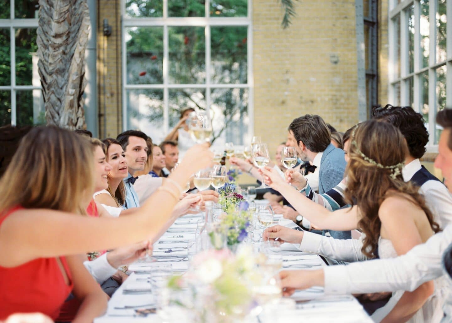 Have you ever crashed a wedding?! Make sure you do before you die! Hilarious bucket list idea
