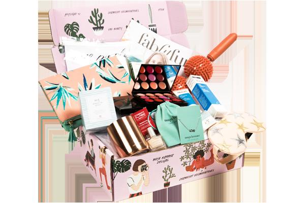 FabFitFun - Spring Box   Receive $10 off your first FabFitFun Box using code 'FAB10'