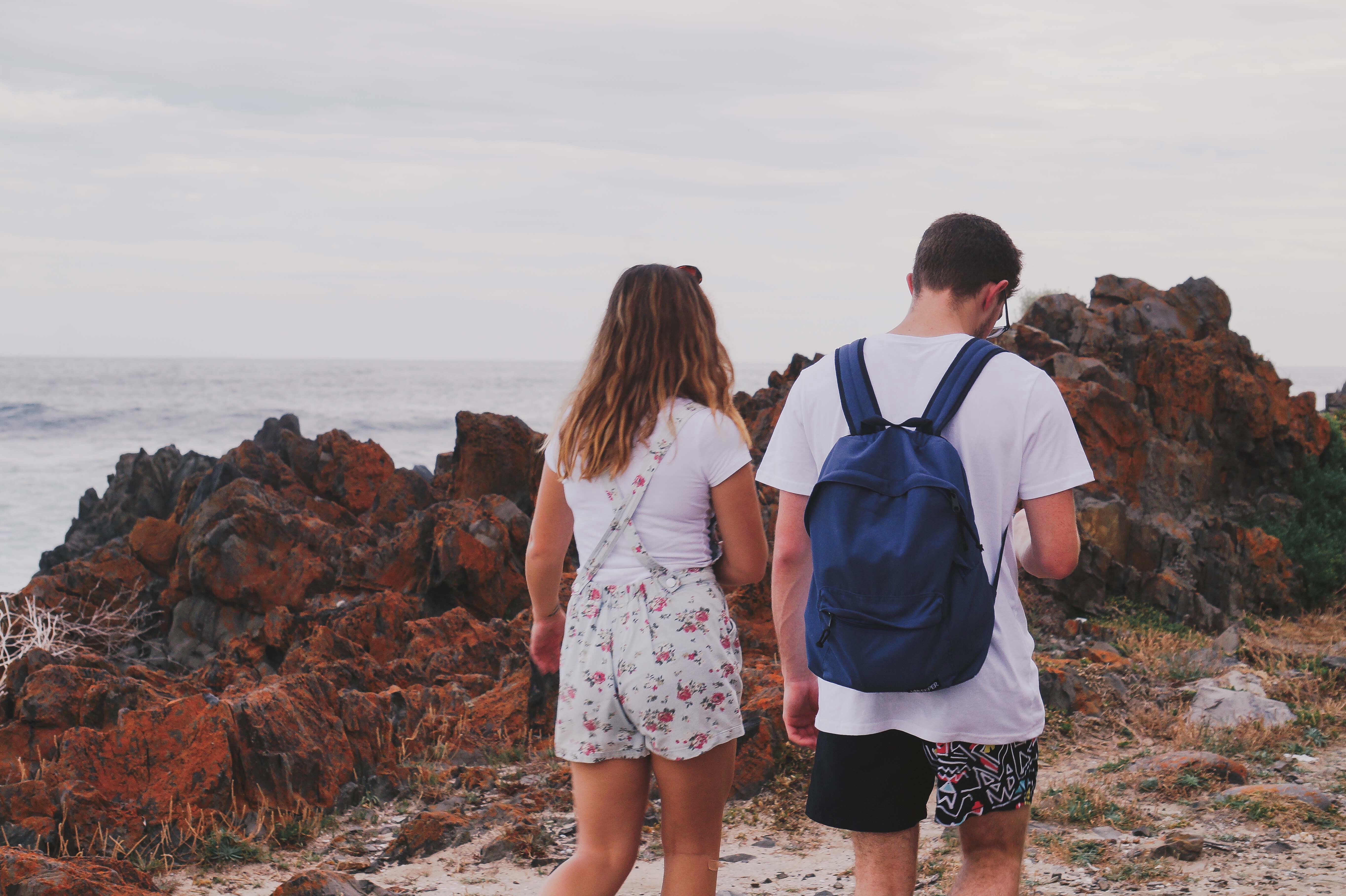 Third date ideas - couple exploring